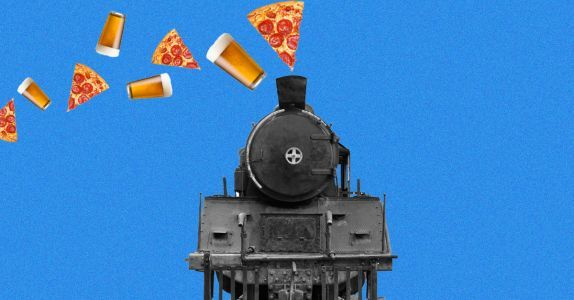 Take a Pizza and Beer-Fueled Train Ride Through Ohio's Countryside