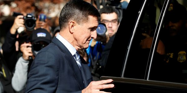 Michael Flynn's lawyers ask for 200 hours of community service and no prison time in sentencing memo