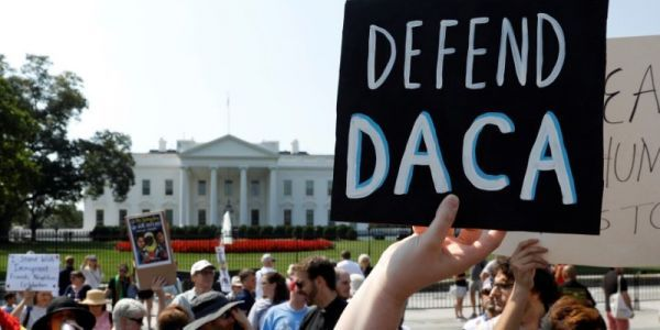 Trump administration resumes accepting DACA renewal applications under court order