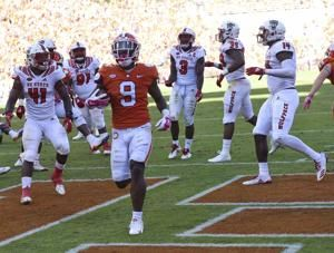 ACC Rout: No. 3 Clemson tops No. 16 North Carolina St 41-7