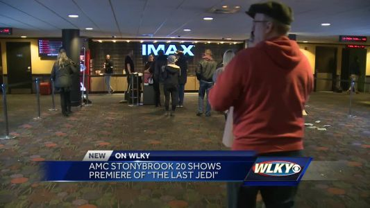 Stars Wars fans show up at local theaters for premiere