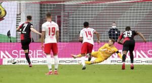 Hertha Berlin scores late to hold Leipzig 2-2 in Bundesliga