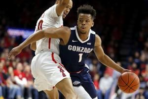 No. 6 Gonzaga withstands late run to beat No. 15 Arizona