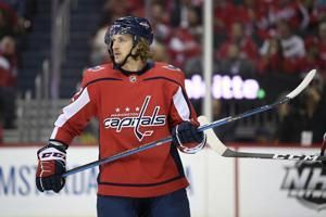 Capitals re-sign Carl Hagelin to $11M, 4-year deal