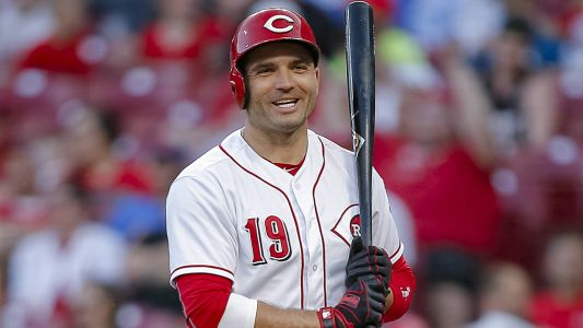 Reds' Joey Votto makes fan's day with signed baseball after first-inning ejection