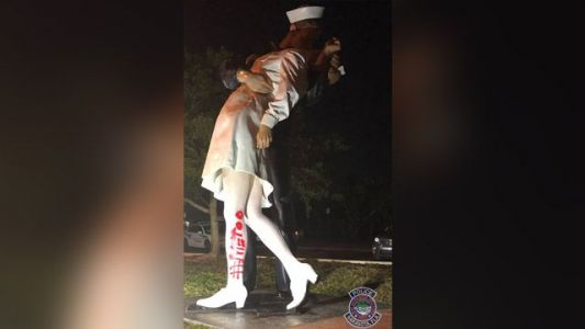 Vandals spray-paint ' MeToo' on statue of WWII sailor kissing nurse