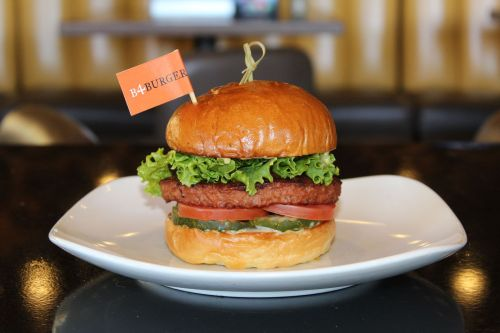 Stacked: Food Well Built Debuts the Plant-Based b4burger, Adding Another Delicious Vegetarian Option to Its Diverse Menu