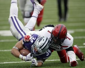 Thompson, defense pace K-State to 21-6 win over Texas Tech