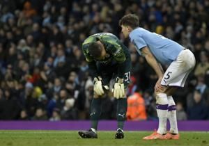 Man City held by Palace as Arsenal, Spurs drop points