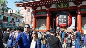 Foreign tourists spend a total of 4.5 trillion Yen in Japan last year