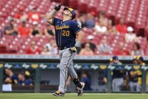 Peterson's 3 RBIs, Vogelbach homer helps Brewers top Reds