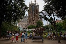 Barcelona struggles with lesser tourists and revenue
