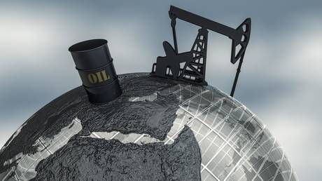 The United States is set to 'drown the world' in oil