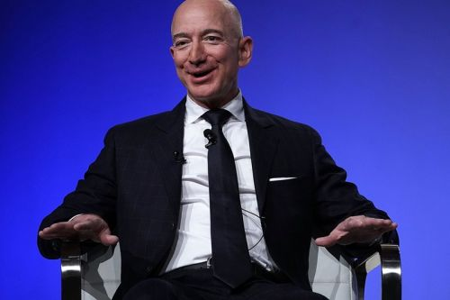Jeff Bezos Says Amazon Will Spend $4 Billion USD on COVID-19 Expenses