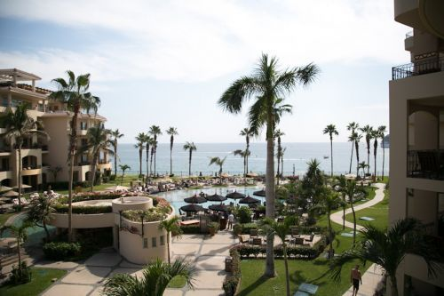 I planned a 5-day vacation to Cabo San Lucas for $700 including flights - here's exactly how I did it