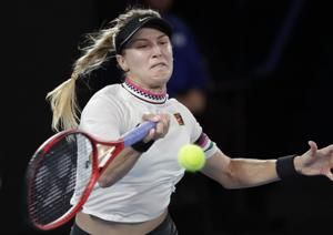 Strong start, finish lift Serena past Bouchard in Australia